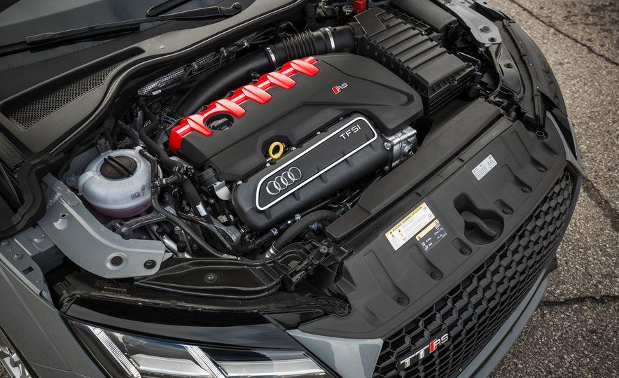 2018 Audi TT RS - Slide 63