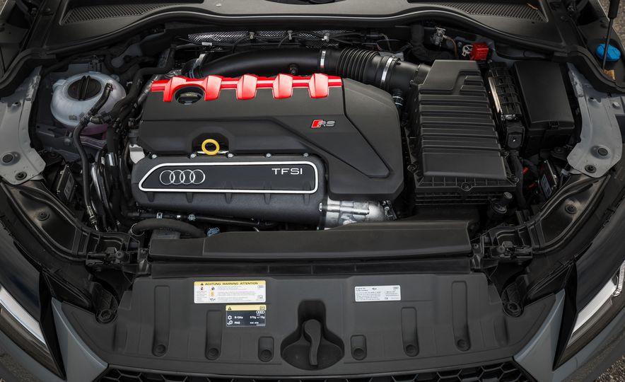 2018 Audi TT RS - Slide 64