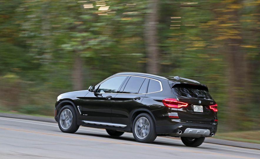 2018 BMW X3 30i xDrive - Slide 9