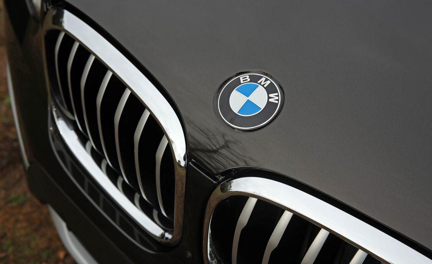 2018 BMW X3 30i xDrive - Slide 22