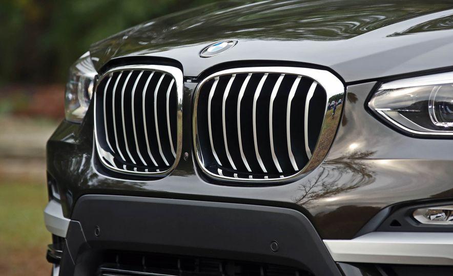 2018 BMW X3 30i xDrive - Slide 23