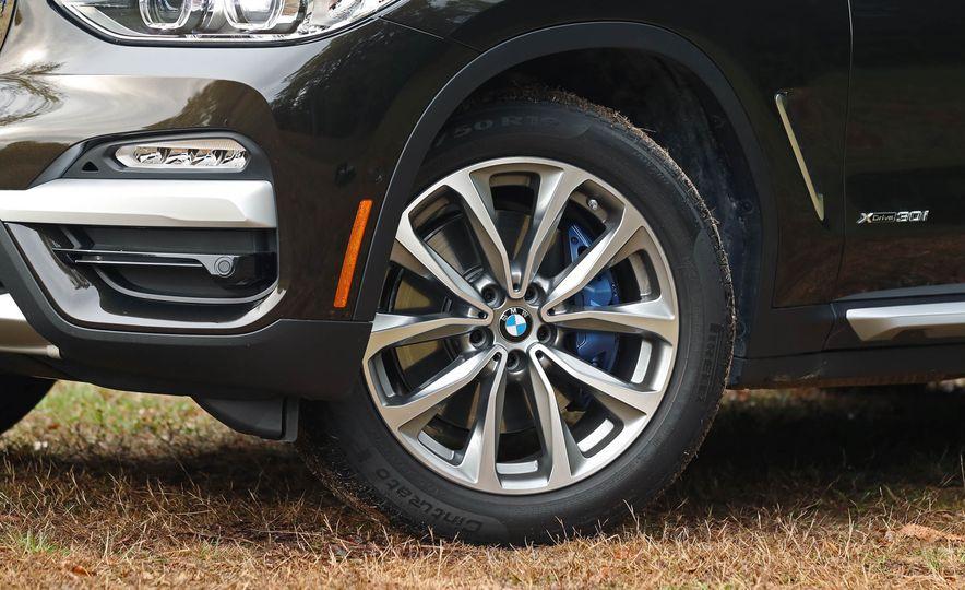 2018 BMW X3 30i xDrive - Slide 35