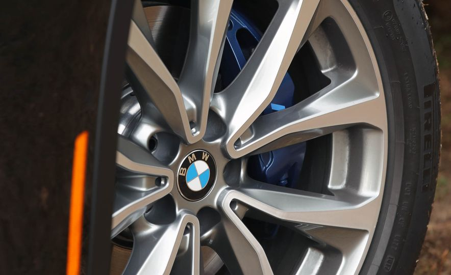 2018 BMW X3 30i xDrive - Slide 36