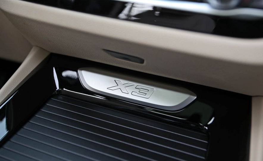 2018 BMW X3 30i xDrive - Slide 52
