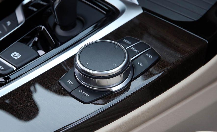 2018 BMW X3 30i xDrive - Slide 54