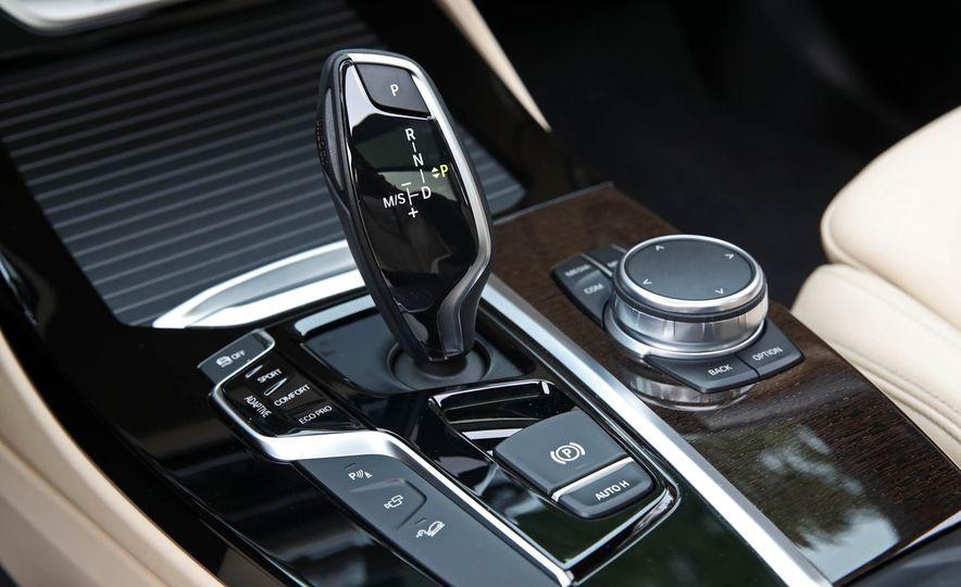 2018 BMW X3 30i xDrive - Slide 55