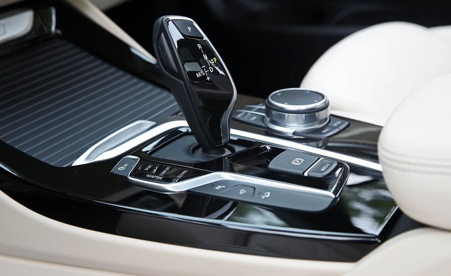 2018 BMW X3 30i xDrive - Slide 56