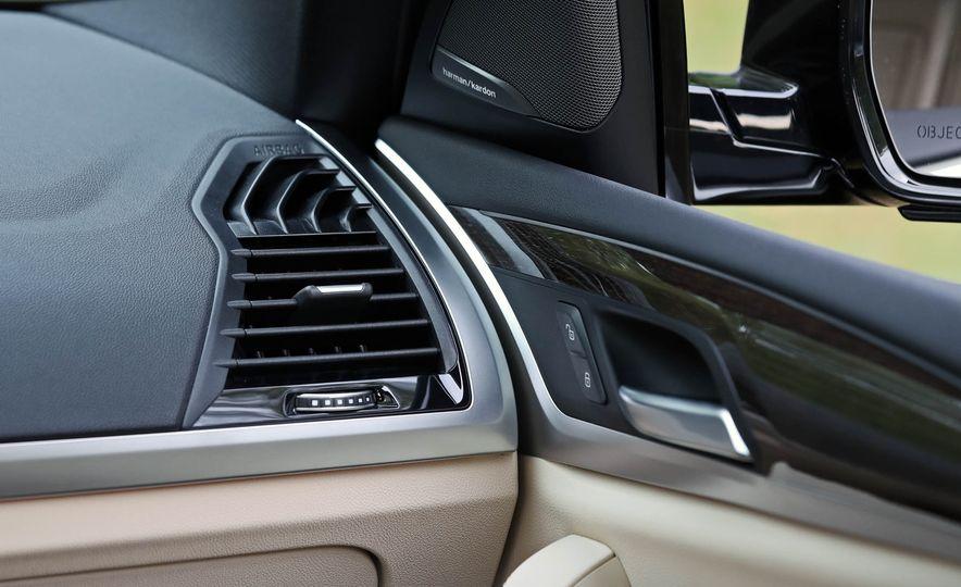 2018 BMW X3 30i xDrive - Slide 60