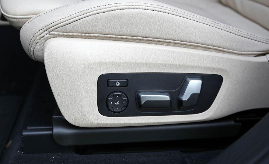 2018 BMW X3 30i xDrive - Slide 64