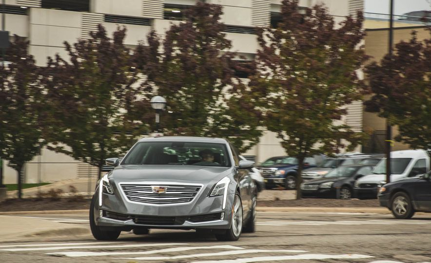 2018 Cadillac CT6 - Slide 3