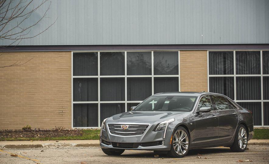2018 Cadillac CT6 - Slide 12