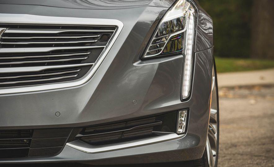 2018 Cadillac CT6 - Slide 19