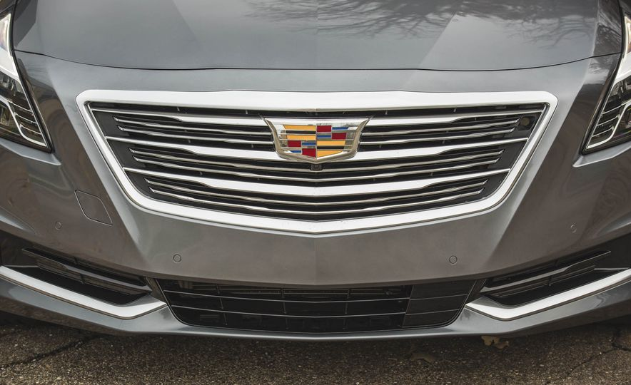 2018 Cadillac CT6 - Slide 20
