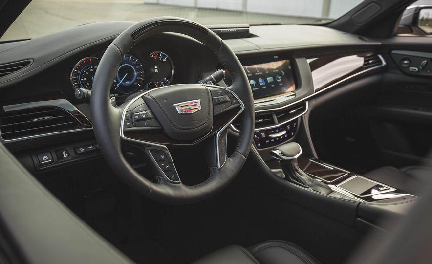 2018 Cadillac CT6 - Slide 32