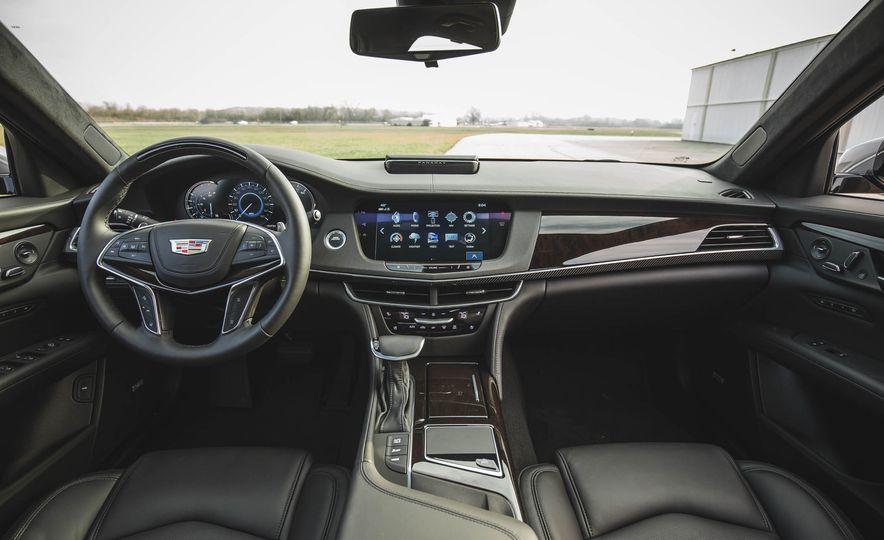 2018 Cadillac CT6 - Slide 34