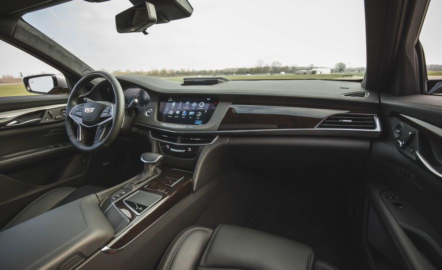 2018 Cadillac CT6 - Slide 35