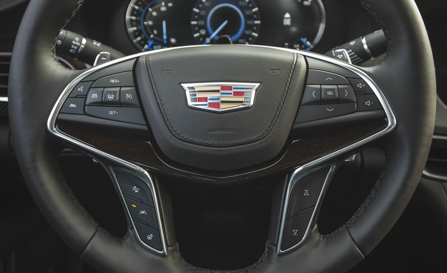 2018 Cadillac CT6 - Slide 37