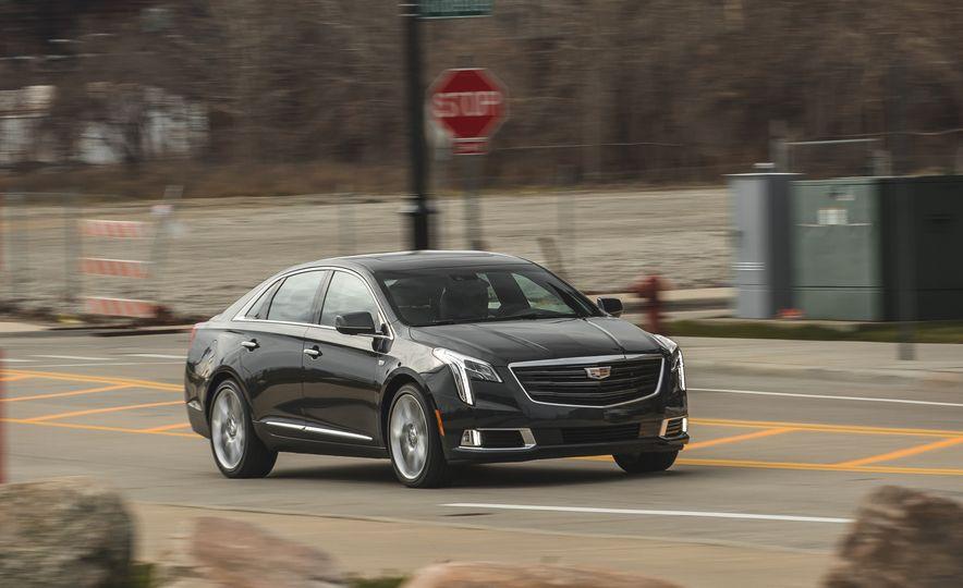 2018 Cadillac XTS V-Sport AWD - Slide 11