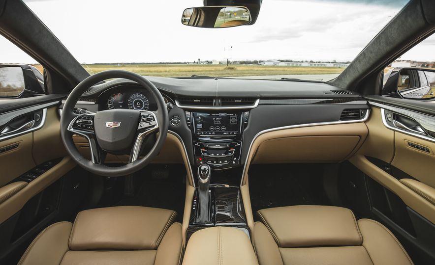 2018 Cadillac XTS V-Sport AWD - Slide 34