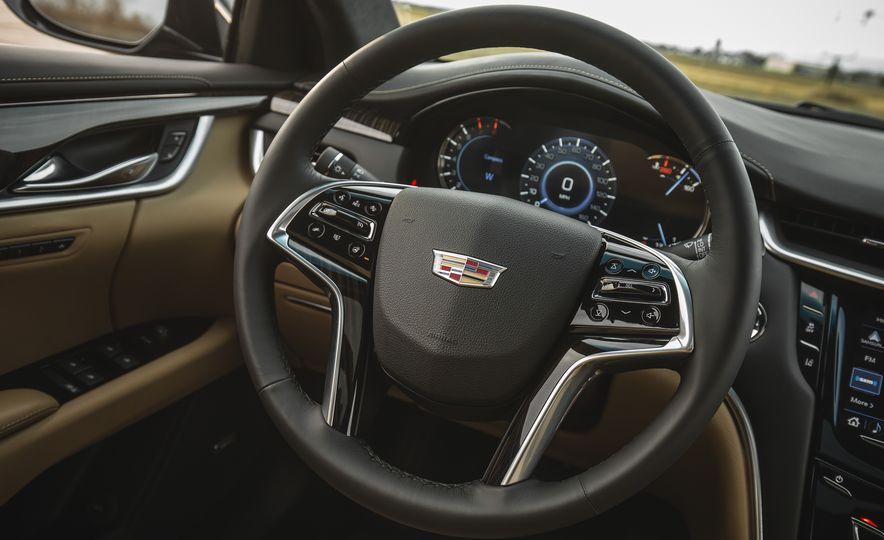 2018 Cadillac XTS V-Sport AWD - Slide 37
