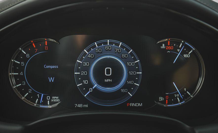 2018 Cadillac XTS V-Sport AWD - Slide 41
