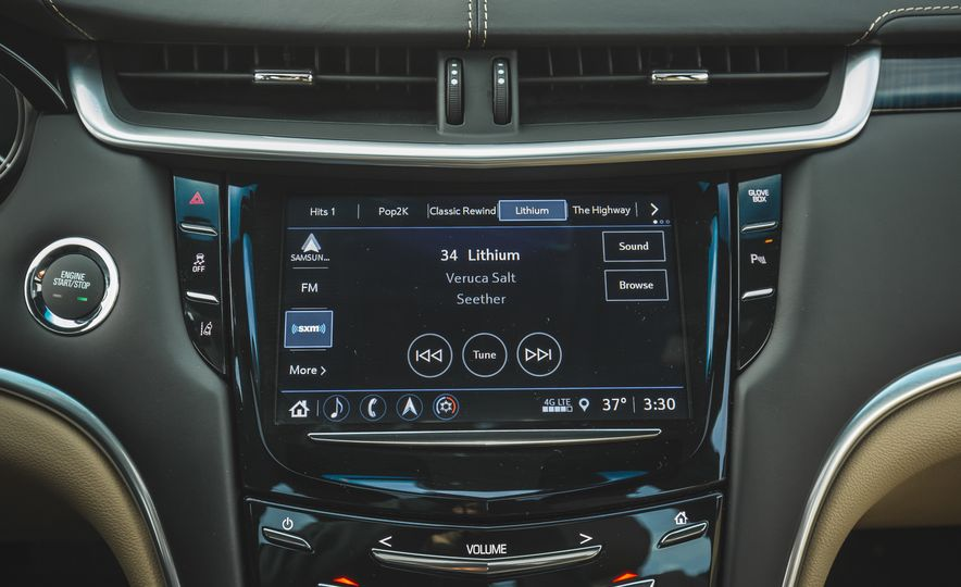 2018 Cadillac XTS V-Sport AWD - Slide 47
