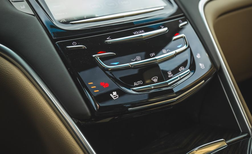 2018 Cadillac XTS V-Sport AWD - Slide 50