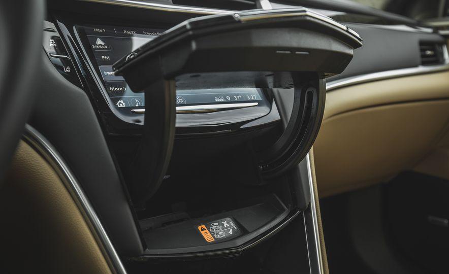 2018 Cadillac XTS V-Sport AWD - Slide 51