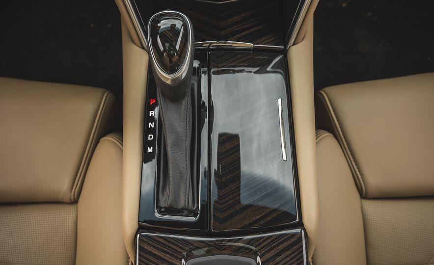 2018 Cadillac XTS V-Sport AWD - Slide 53