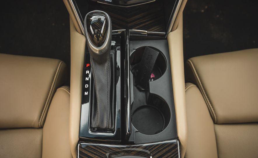 2018 Cadillac XTS V-Sport AWD - Slide 54