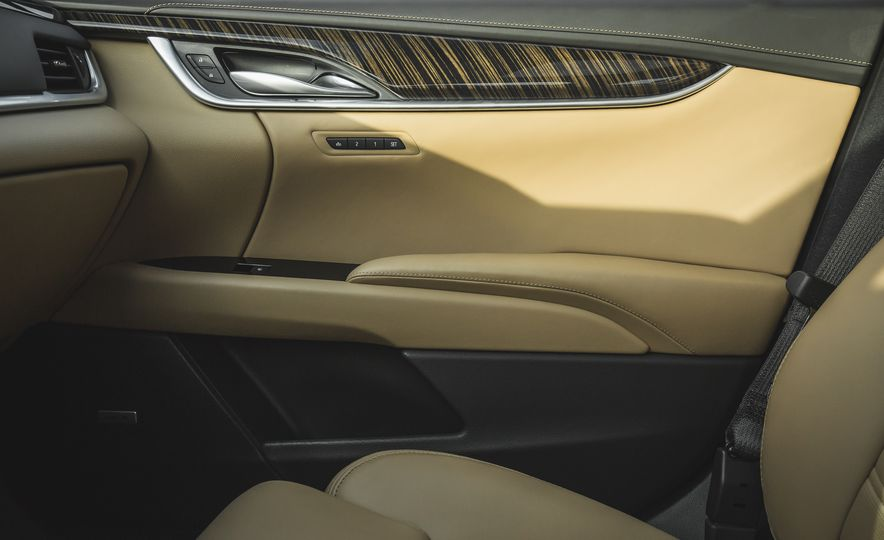 2018 Cadillac XTS V-Sport AWD - Slide 58