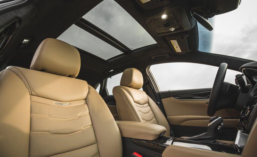 2018 Cadillac XTS V-Sport AWD - Slide 62