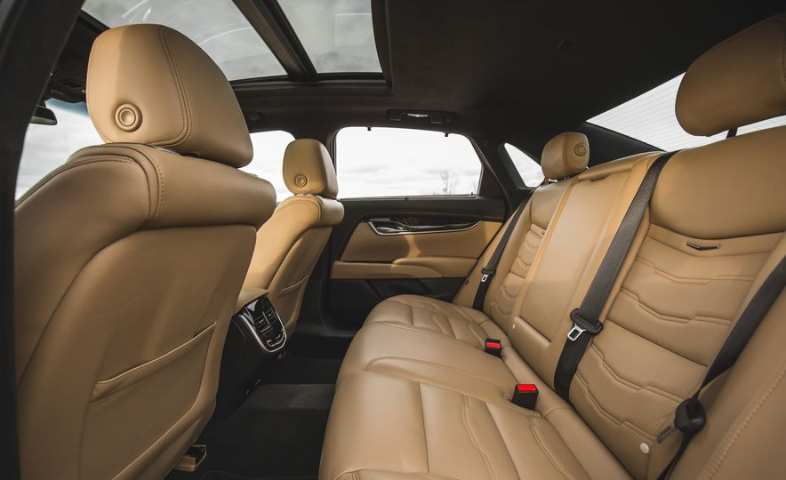 2018 Cadillac XTS V-Sport AWD - Slide 64