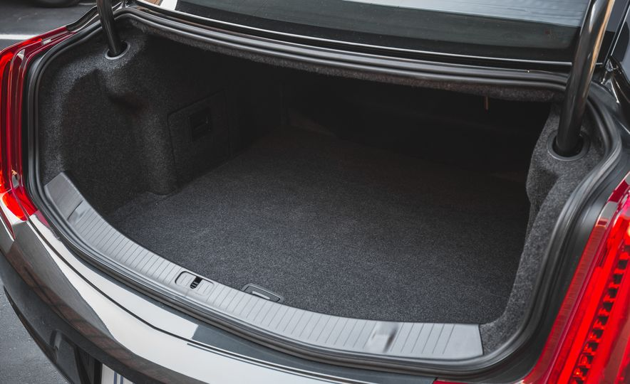 2018 Cadillac XTS V-Sport AWD - Slide 69