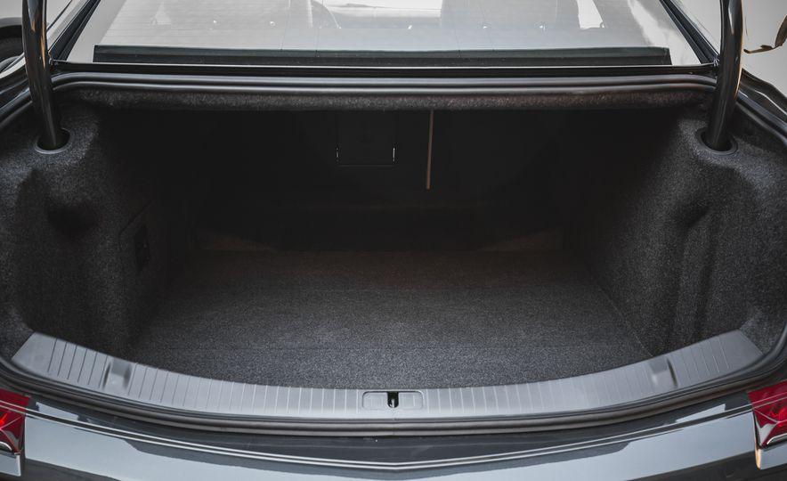 2018 Cadillac XTS V-Sport AWD - Slide 70