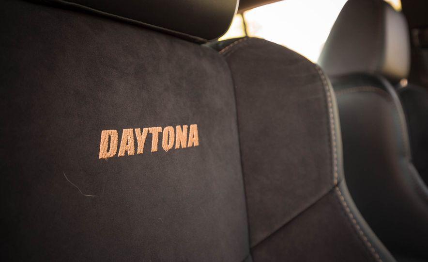 2018 Dodge Charger Daytona 392 - Slide 30