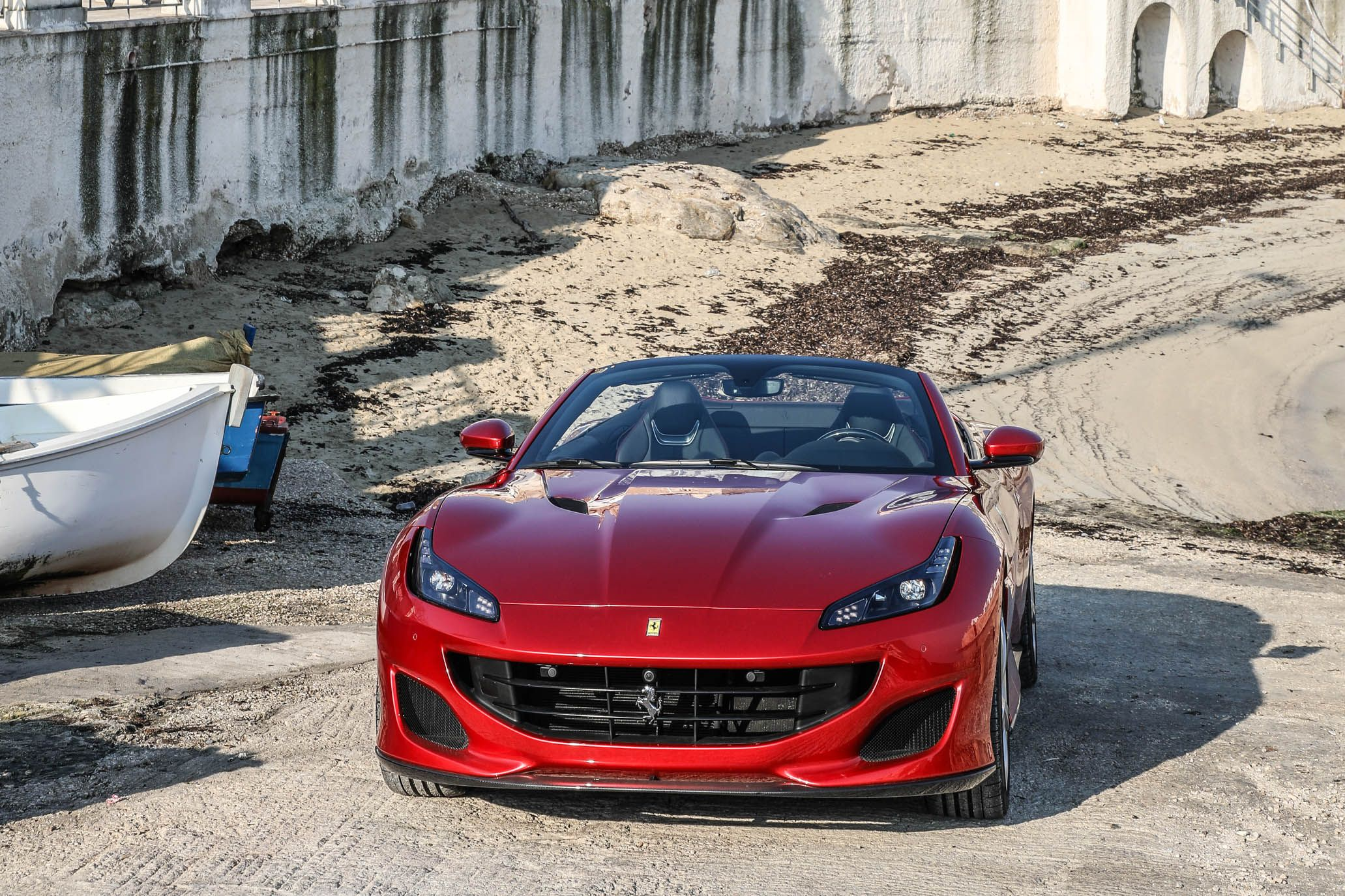 2018 ferrari portofino reviews | ferrari portofino price, photos