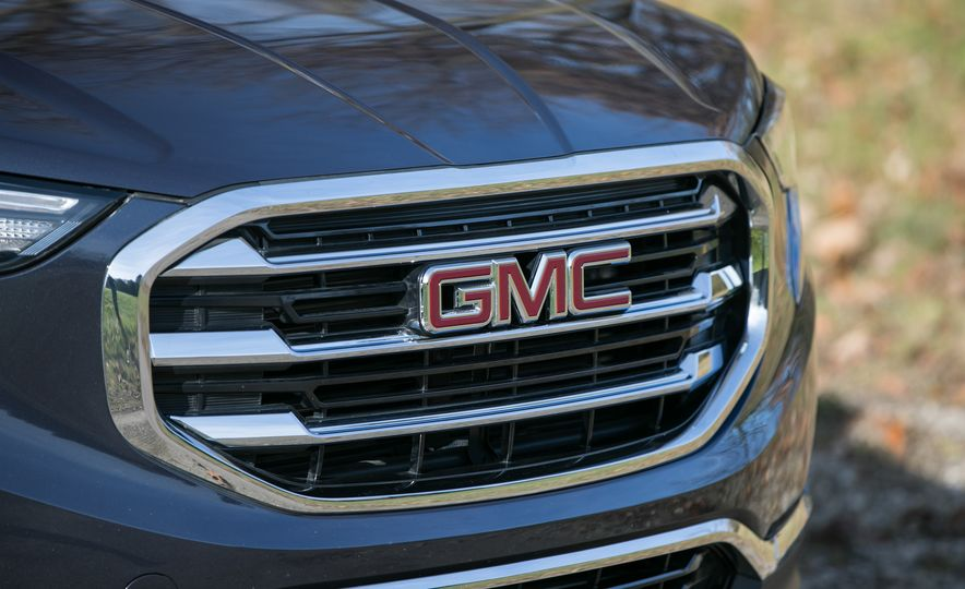 2018 GMC Terrain Diesel AWD - Slide 27