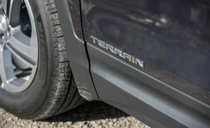 2018 GMC Terrain Diesel AWD - Slide 33