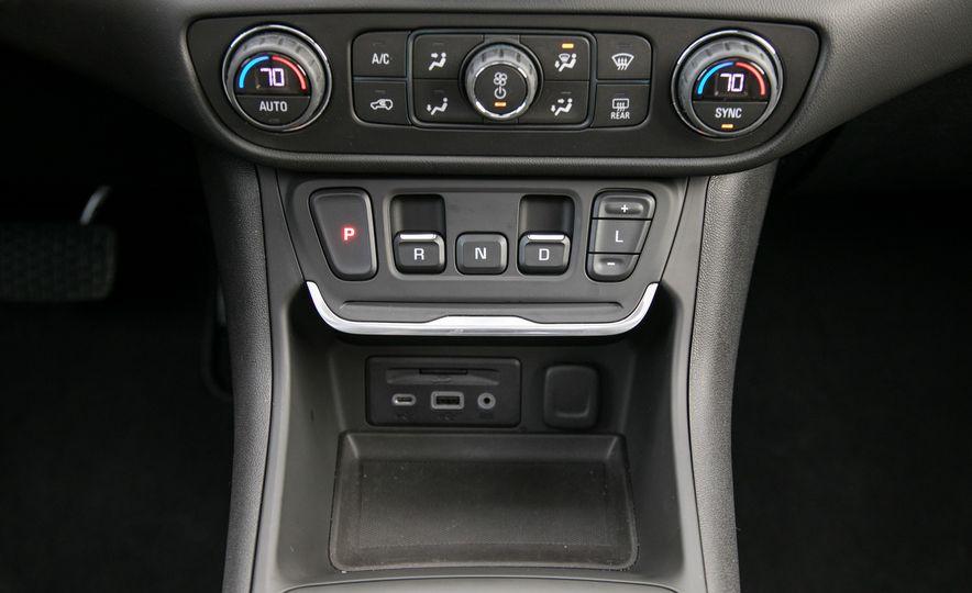 2018 GMC Terrain Diesel AWD - Slide 73