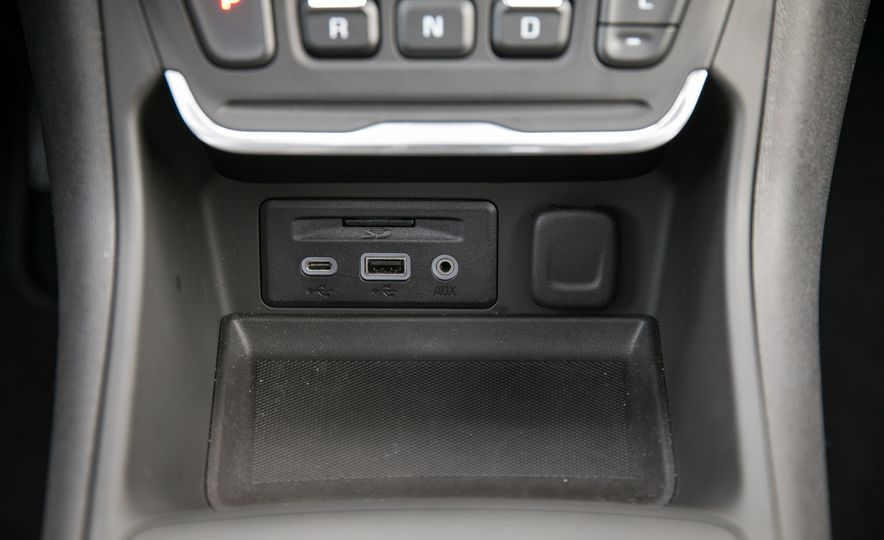 2018 GMC Terrain Diesel AWD - Slide 75