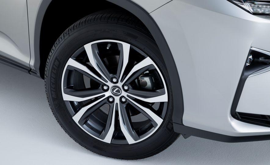 2018 Lexus RX L 350 - Slide 9