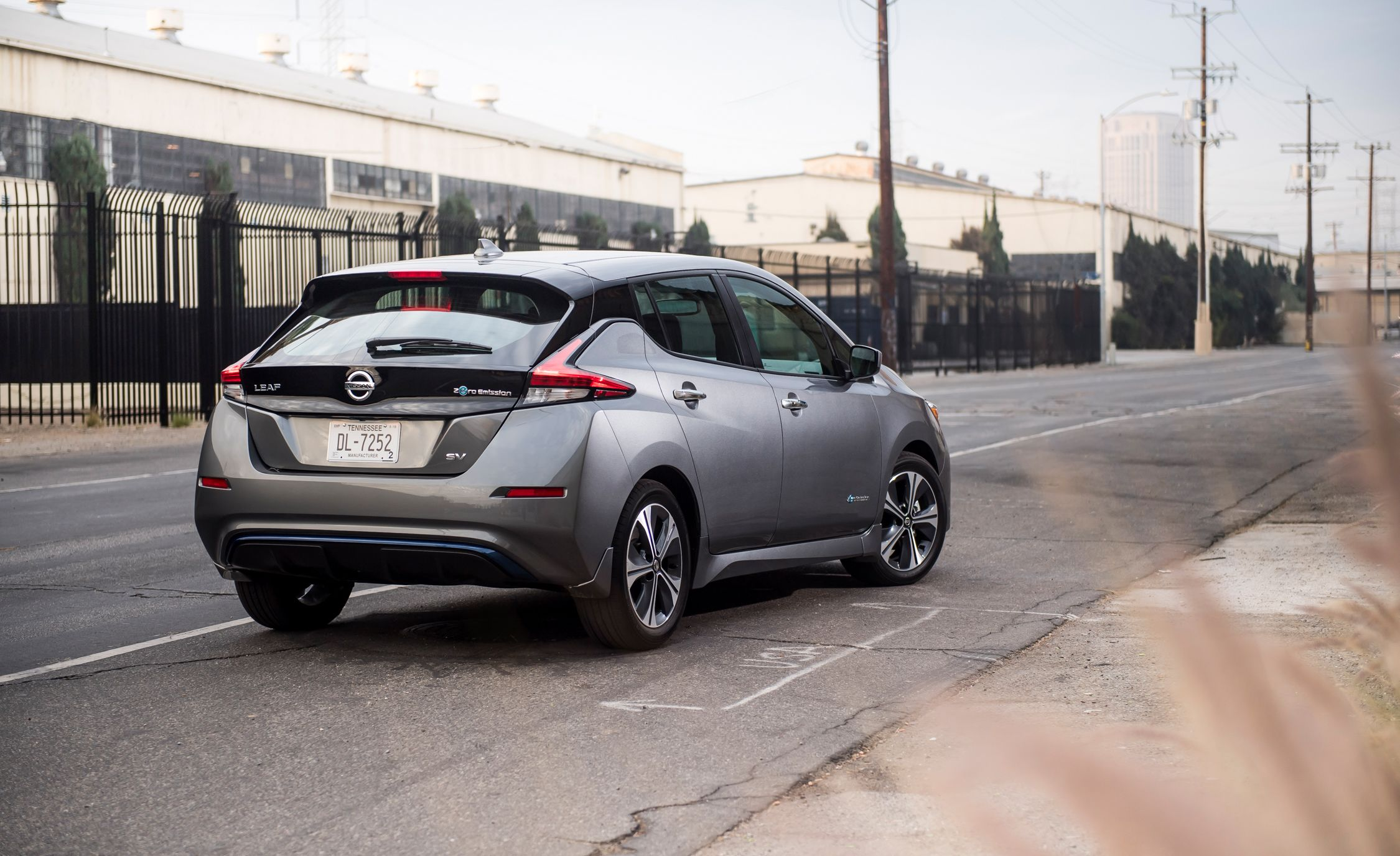 Nissan Leaf Reviews Nissan Leaf Price Photos And Specs Car And