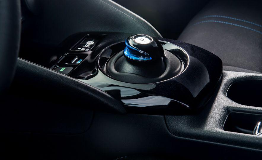 2018 Nissan Leaf SV - Slide 16