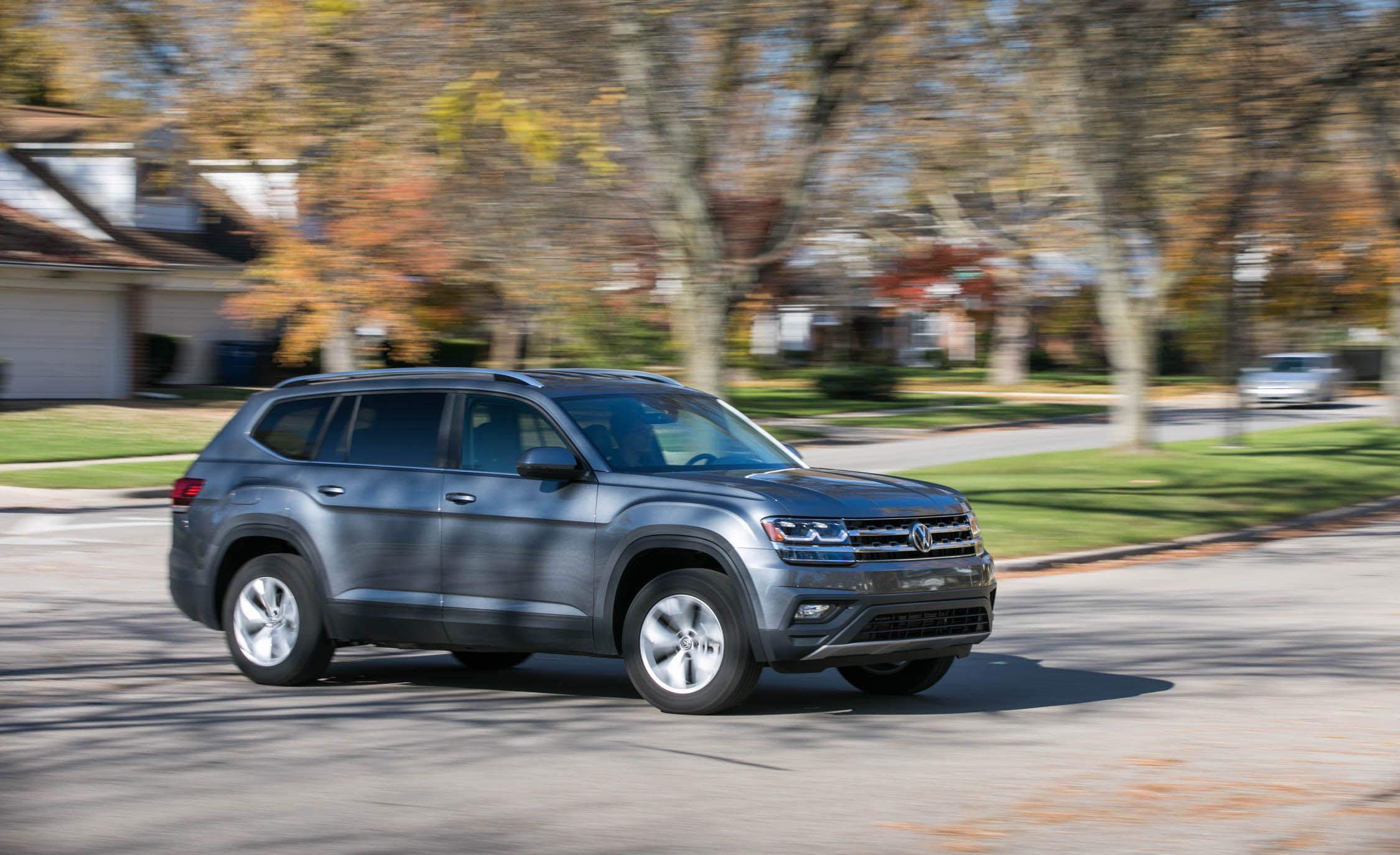 2020 Volkswagen Atlas Reviews Price Photos And Specs Car Driver