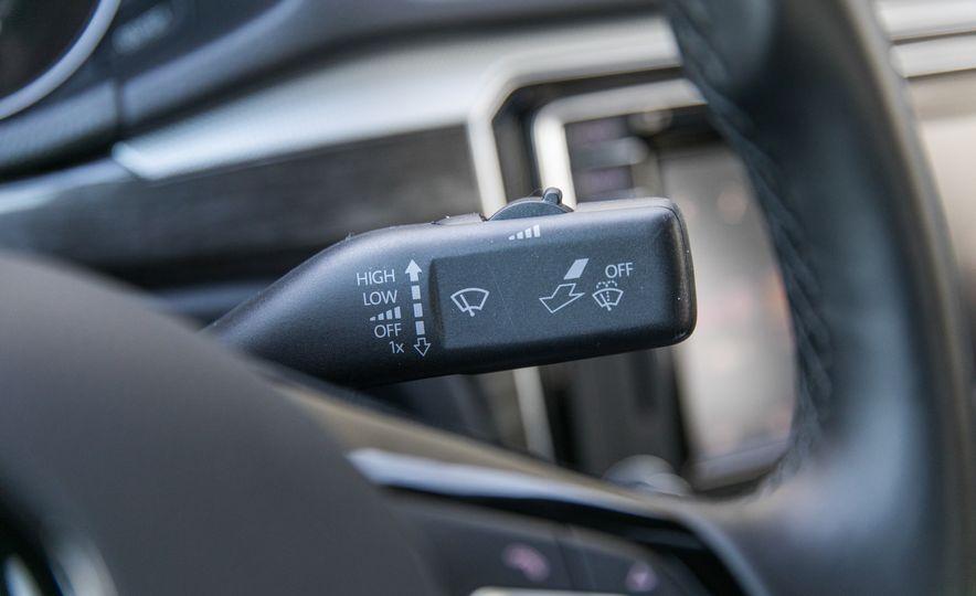 2018 Volkswagen Passat SE 2.0T - Slide 53