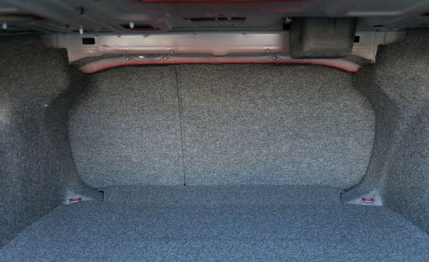 2018 Volkswagen Passat SE 2.0T - Slide 78