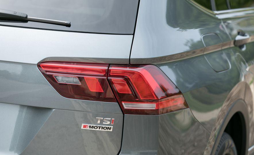 2018 Volkswagen Tiguan SEL 4Motion - Slide 29