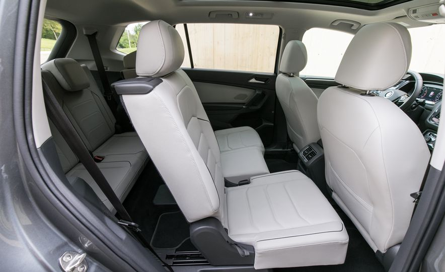 2018 Volkswagen Tiguan SEL 4Motion - Slide 40