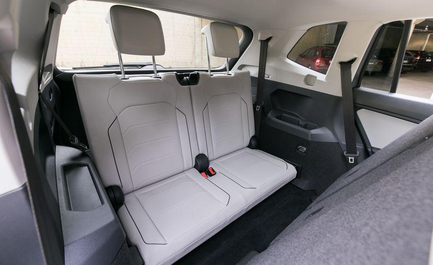 2018 Volkswagen Tiguan SEL 4Motion - Slide 43